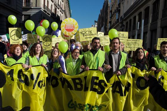 Greenpeace_Climate_March_2015_Madrid.jpg